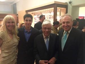 Με τον Πρόεδρο της Δημοκρατίας Πρ.Παυλόπουλο οικογενειακώς στα εγκαίνια του Νέου Μουσείου Θήβας